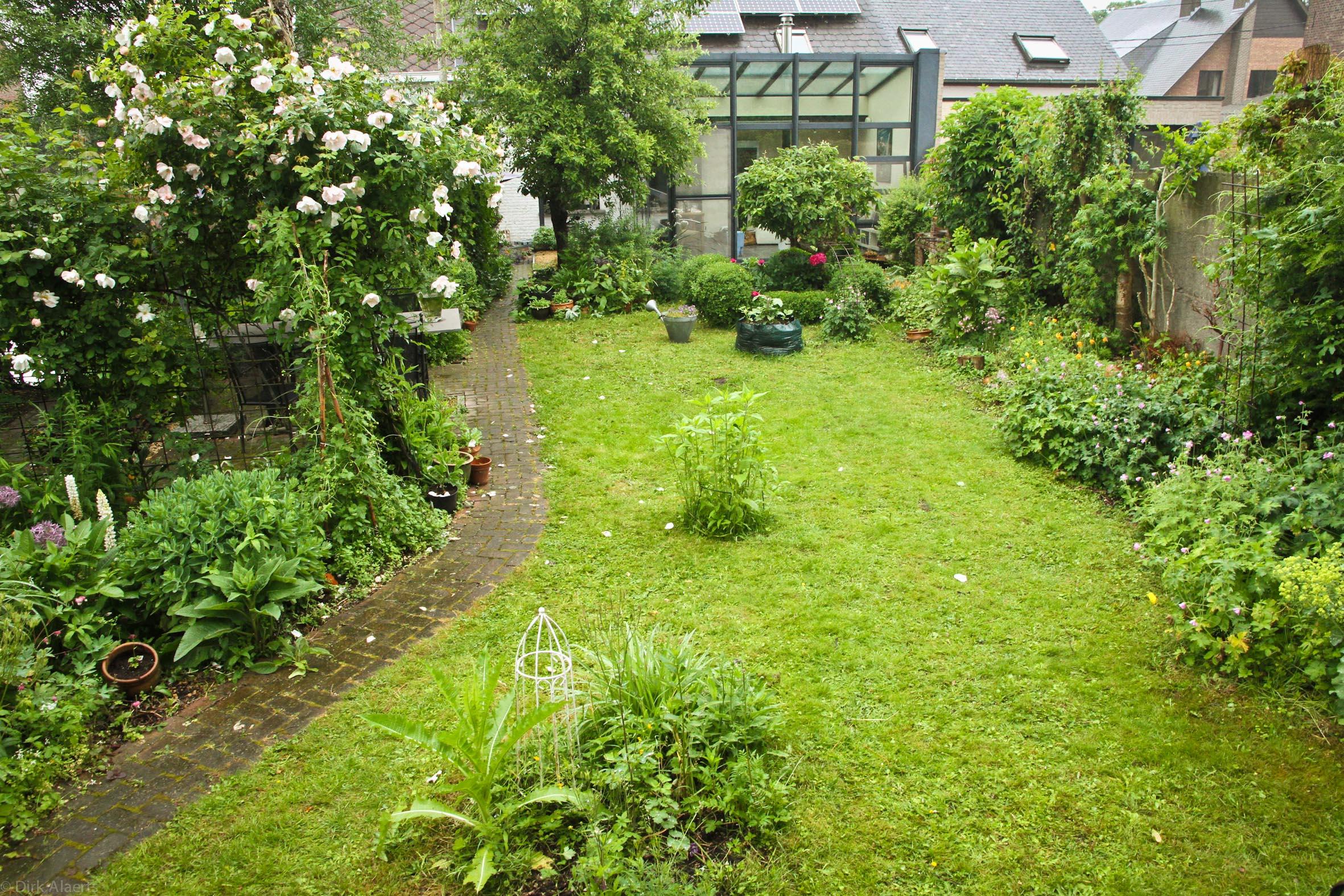Op bezoek in een bijzondere tuin herent in beeld - Tuin fotos ...